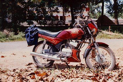 Dan dibawah ni adalah gambar YAMAHA RXZ model India